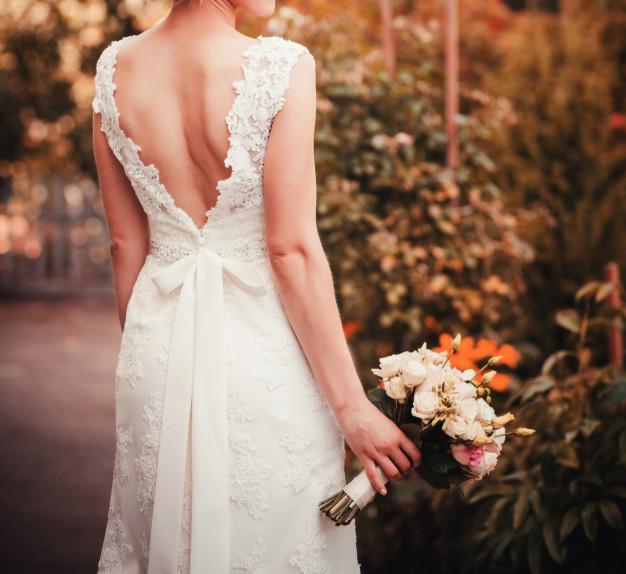 beautiful-colorful-wedding-bouquet_84738-2486