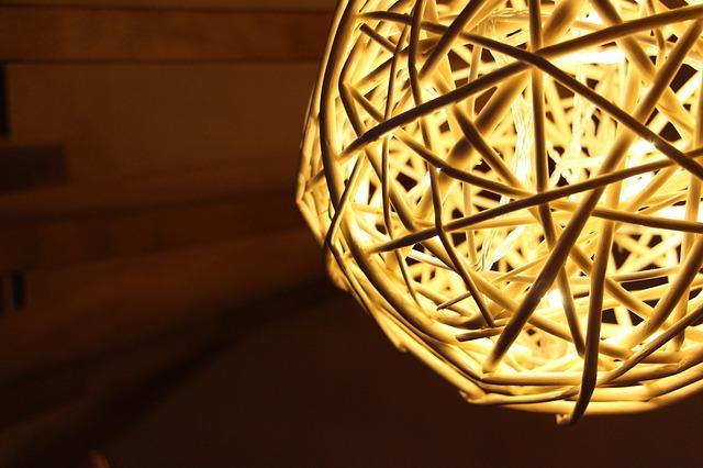 stropní osvětlení