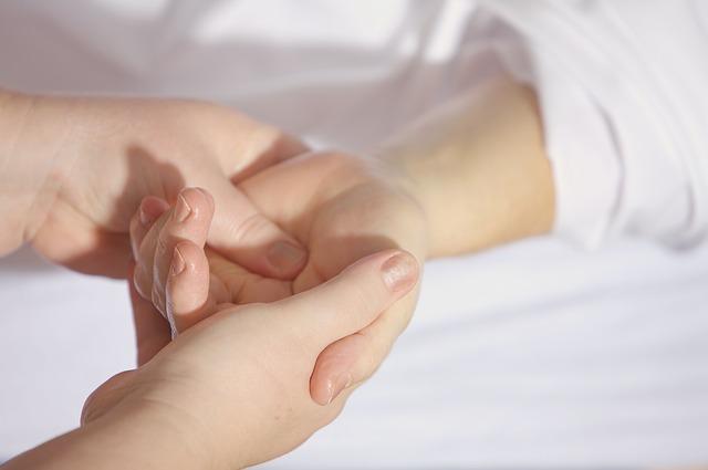 masáž dlaní